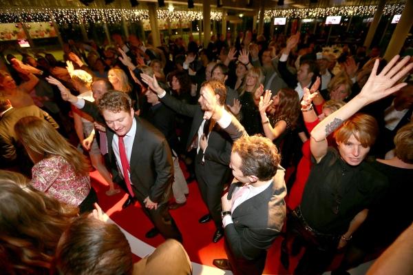 Volop feest tijdens de Benefit Night 2013.